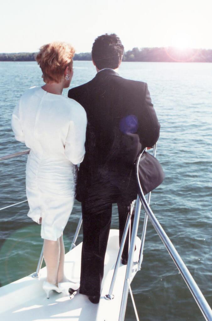 joe-joan-wedding-os-boat